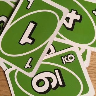Grüne Uno-Karten