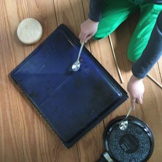 Schlagzeug.
