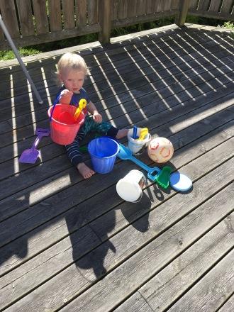 KJ und Spielzeug
