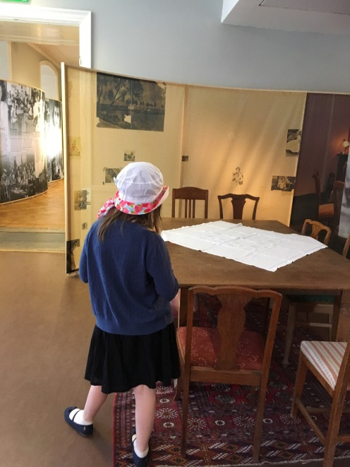 Anne Frank - der Tisch.