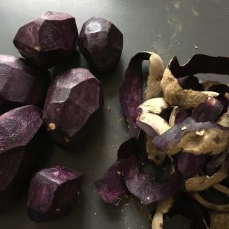 Violette Kartoffeln.