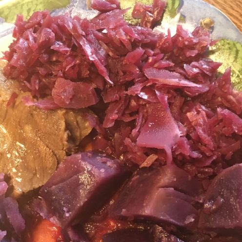 Blaukraut Rotkohl Lila Kartoffeln.