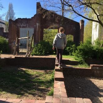 Ruinen IV