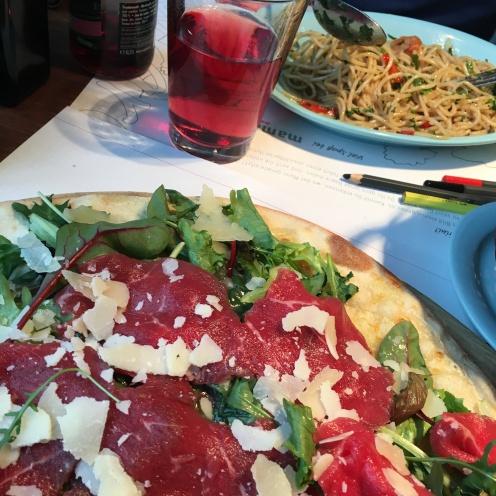 Spaghetti & Pizza.
